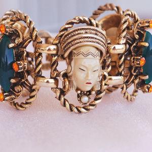 Selro Asian Princess Thai Girl Rhinestone Bracelet